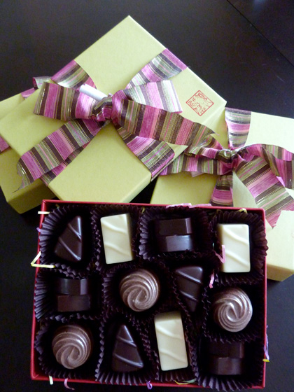 Yen For Chocolate - Assorted-box-of-12-chocolate-box
